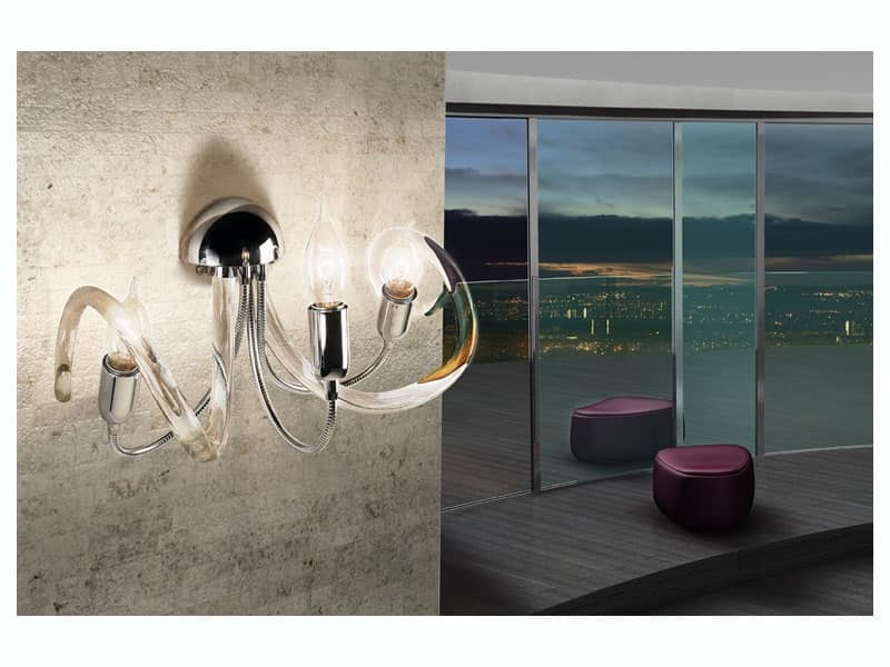 Lampada da parete in ottone diffusori in filo di vetro idfdesign