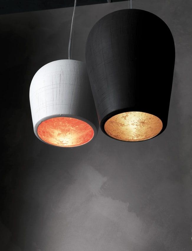La lun, Lampada sospesa in ceramica incisa a mano