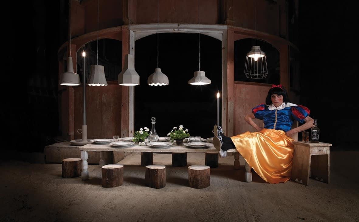 Lampadario Allaperto : Lampada in cemento con luce a led per esterno idfdesign