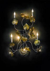 Art. 2007-10-00, Lampada da parete con foglie decorative