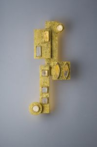 Art. 2238-00-00, Applique scultura in ferro con decori in vetro