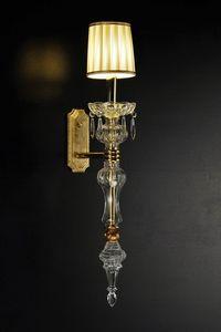 Art. 7920, Applique in stile classico, in ottone e vetro