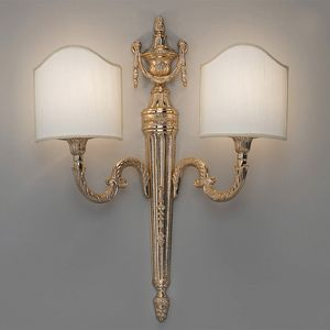 L32242, Lampada da parete dai decori classici
