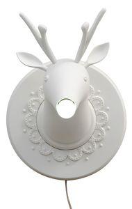 Marnìn AP645M, Lampada da parete in ceramica a forma di cervo