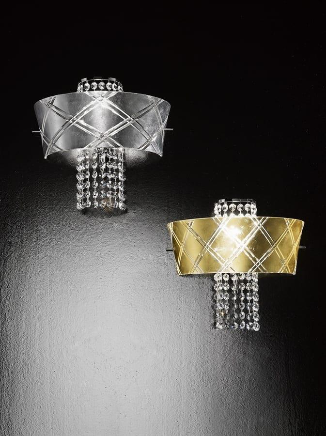 Applique da muro con pendagli in cristallo idfdesign for Applique da muro