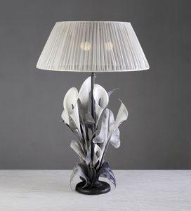 Art. 3002-03-00, Lampada da tavolo dal design floreale