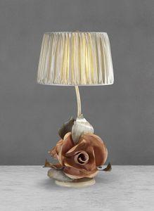 Art. 3011-03-00, Lampada da tavolo in ferro con rose