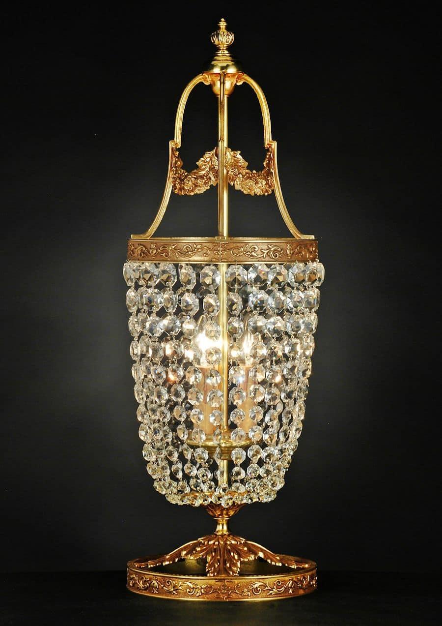 Lampade da tavolo classiche ottone idee per il design for Lampadario da tavolo