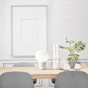 Bombo, Lampada da tavolo con base in marmo