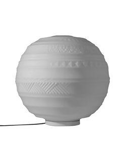Braille CT144 2B INT, Lampada da tavolo, a forma sferica, con decori in rilievo