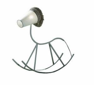 Yahoo F8635B, Lampada a forma di cavallo a dondolo