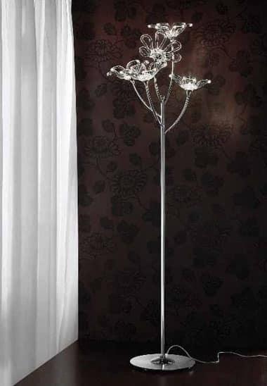 lampada da terra in metallo cromato con diffusori in vetro