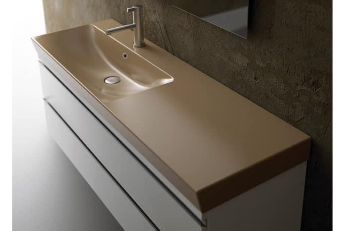 Lavabo in ceramica, con piano d\'appoggio laterale | IDFdesign