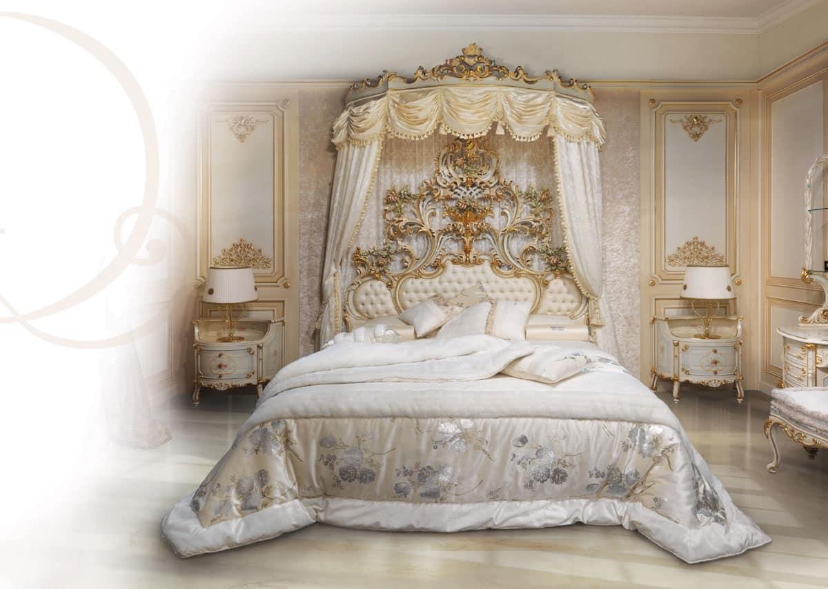 Letto in legno laccato bianco testiera imbottita for Design di mobili in legno letto