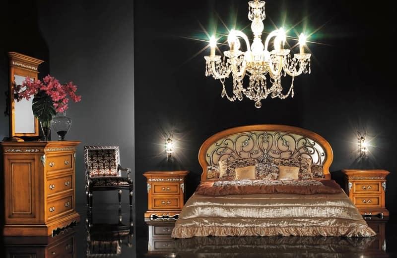 Letto Classico Testiera Decorata Rosita : Art v letti rifiniti a mano camera albergo idfdesign