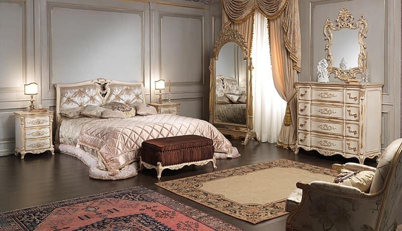 Art. 2006/970, Letti di lusso, in stile Luigi XVI, con decori artigianali
