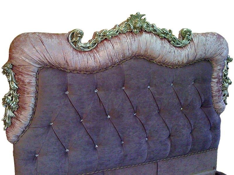 Art. 2400 Valentina, Letti in legno intagliato a mano, imbottitura capitonnè