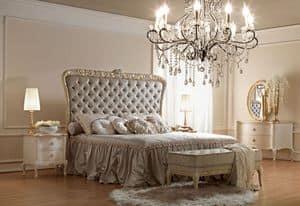 Artemisia 4000 letto, Letto dallo stile classico, intagliato a mano artigianalmente, testiera con imbottitura capitonn�