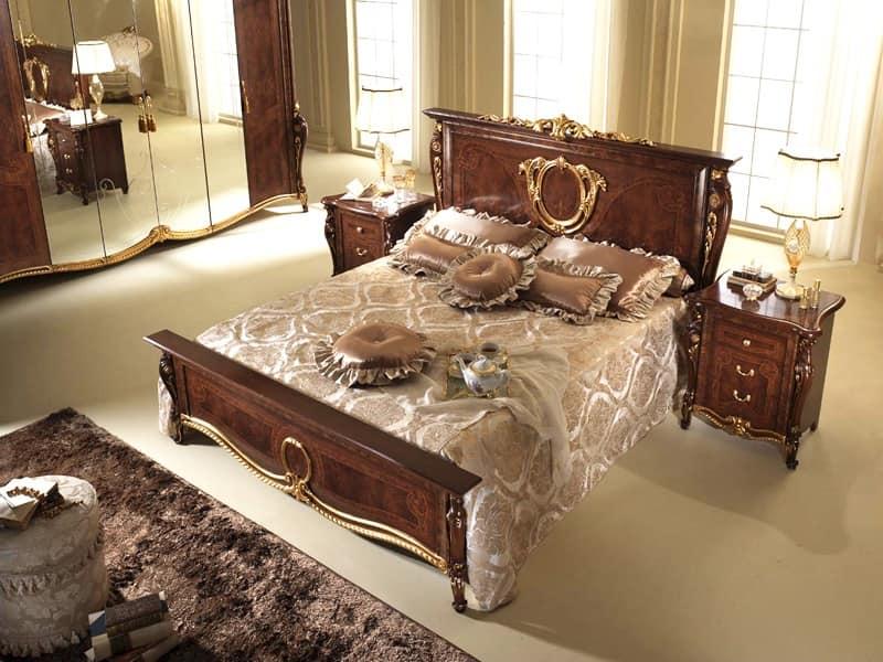 Donatello letto, Letto in stile neoclassico, sinuose pediera e ...