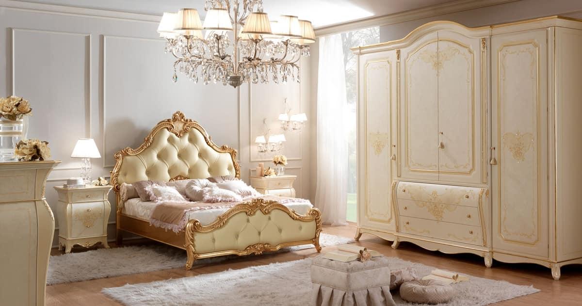 Letto matrimoniale in legno intagliato capitonn - Camere da letto classiche di lusso ...