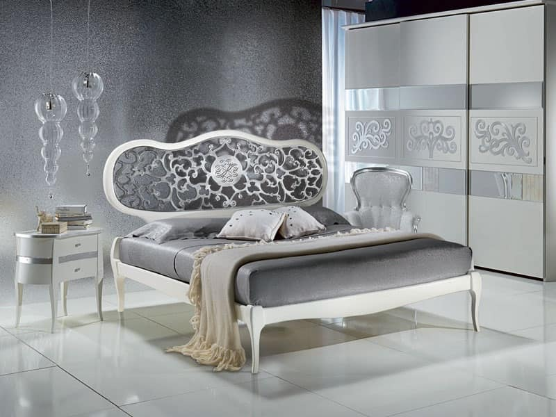 LE09 Novecento laccato letto, Letto laccato bianco, con testata traforata, classico