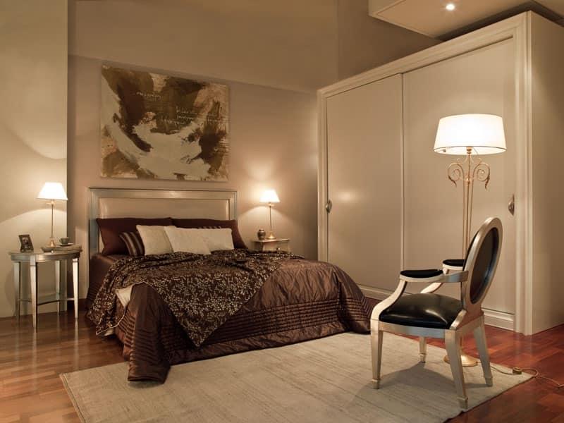 Letto dream con testata imbottita letto in legno verniciato villa idfdesign - Testata letto in legno ...