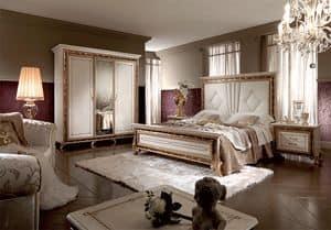 Raffaello letto, Letto lussuoso, con importante testiera imbottita o in legno, con verniciatura a lucido effetto madreperla