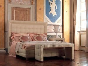 Tiepolo letto, Letto in legno decorato a mano, bordo pieghettato