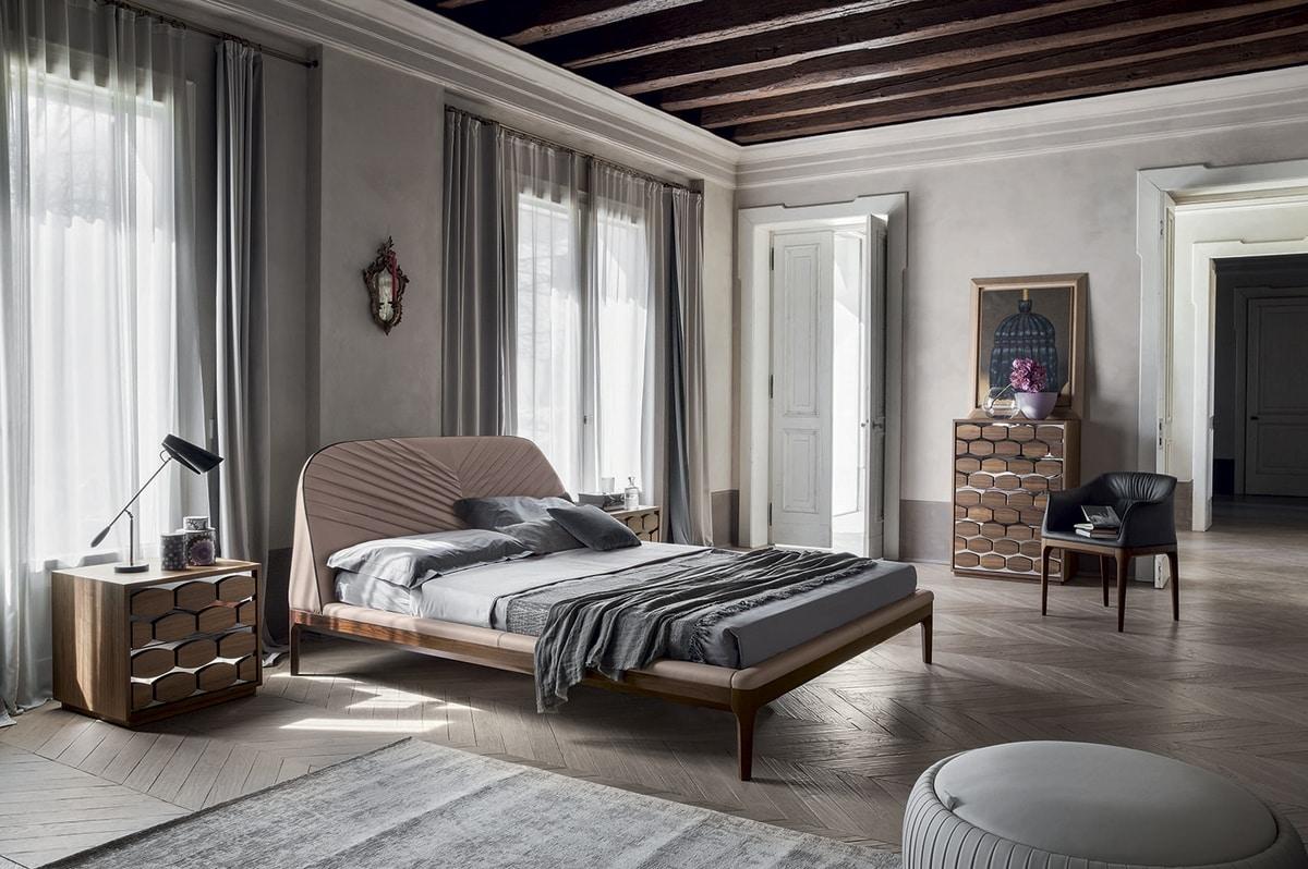 MICHELANGELO, Letto imbottito con struttura legno massello,  in ecopelle, pelle, pelle fiore e nabuk