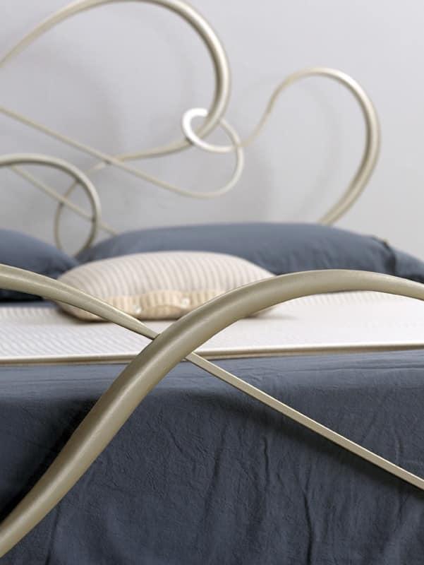 Letto classico in ferro per camera da letto elegante - Camere da letto ferro battuto ...