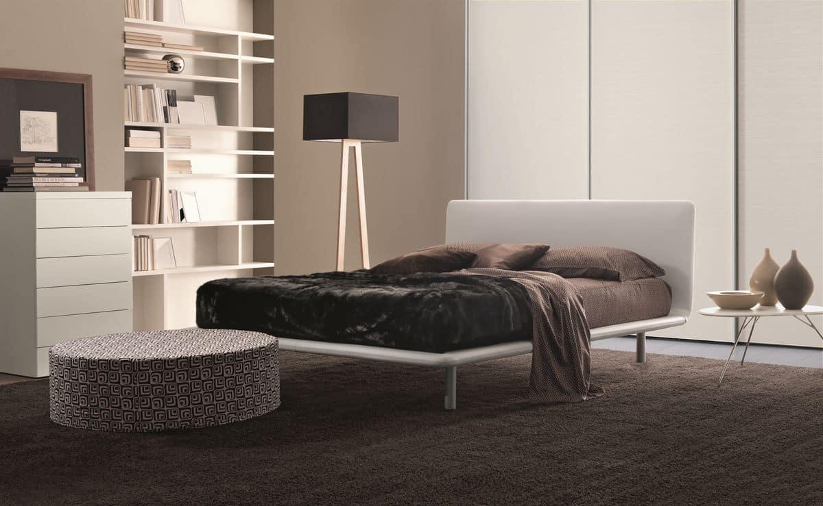 Letto in ecopelle con piano curvato per camere da letto for Capanna con 3 camere da letto