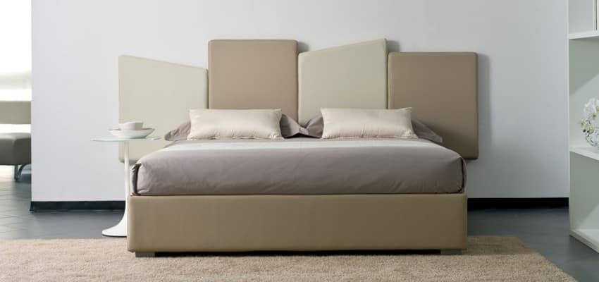 Letto con testiera costituita da cuscini a forme - Cuscini testiera letto ...