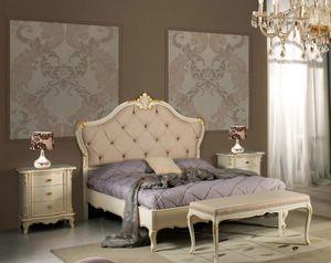 Art. 3802, Elegante letto con intagli artigianali