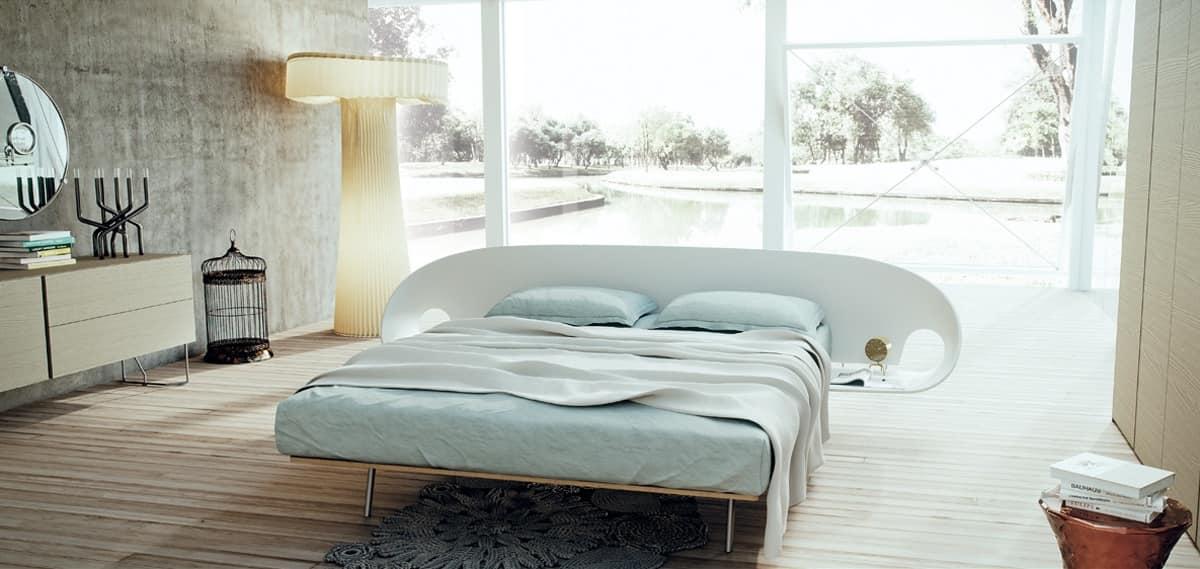 Letto con comodini integrati idee creative di interni e for 5 piani casa mediterranea camera da letto