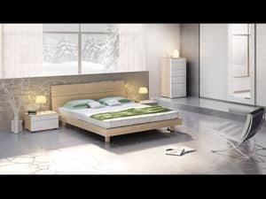 Letto Design 01, Letto con testiera e giroletto in legno, in stile moderno.
