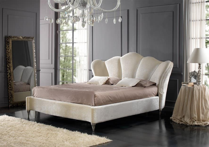 Letto elegante rivestito tessuto liberty : Elegante letto imbottito in stile classico idfdesign