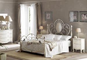 Immagine di Caruso letto, letti sontuosamente decorati