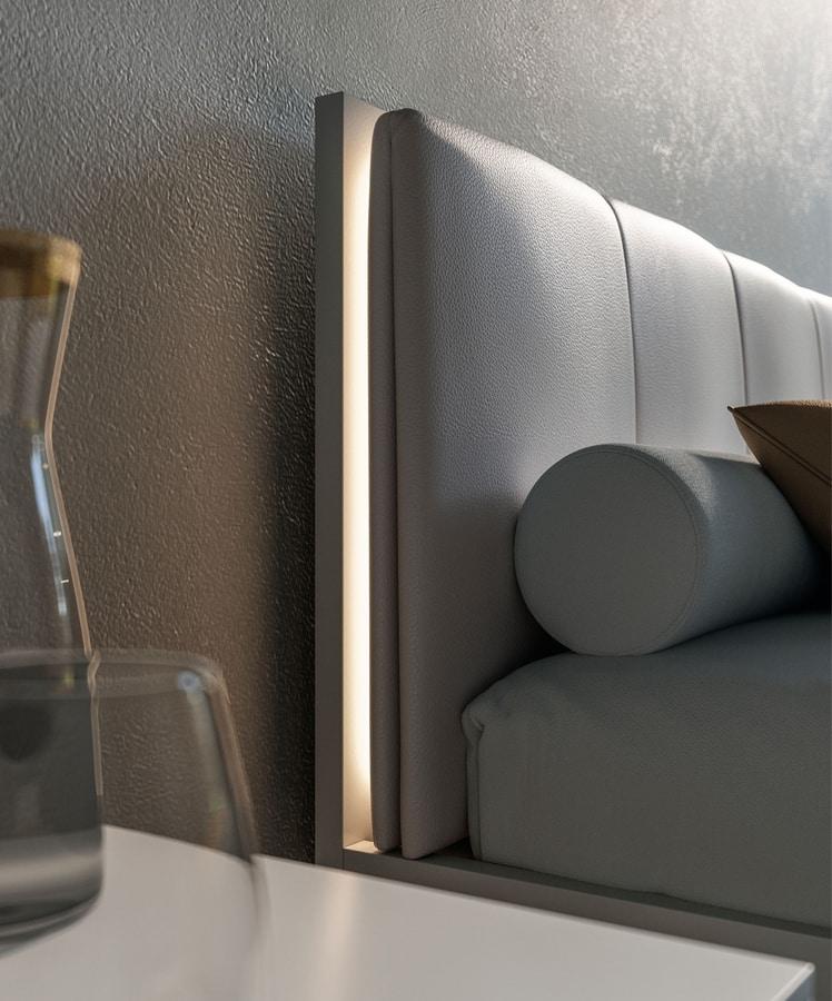 Letto con testata in ecopelle e luce LED | IDFdesign