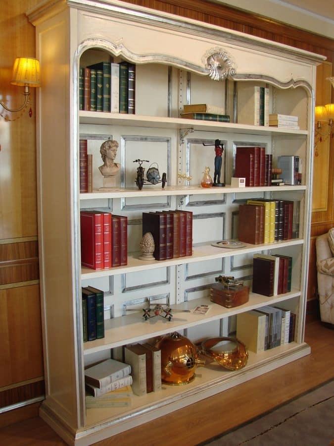 Libreria laccata finiture argento per la casa idfdesign for Stile casa classica