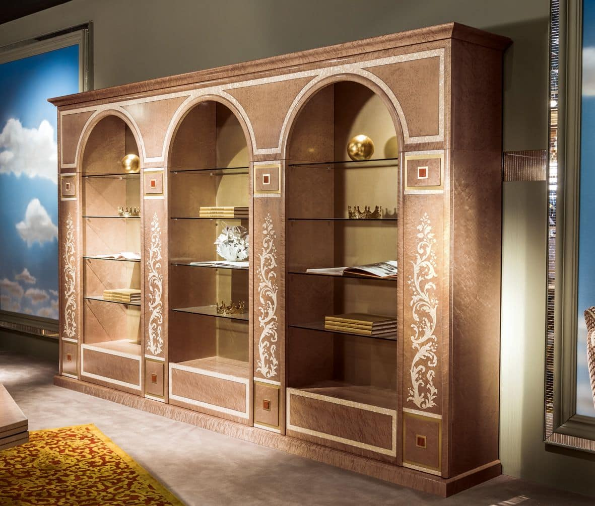 Libreria classica di lusso con ripiani in vetro idfdesign for Rivista di design e produzione di mobili
