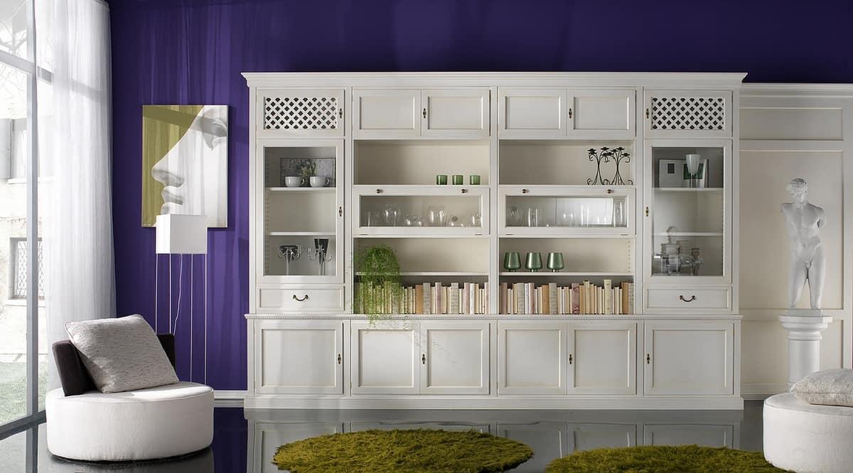 R 08, Libreria laccata con armadietti con maniglie in ottone