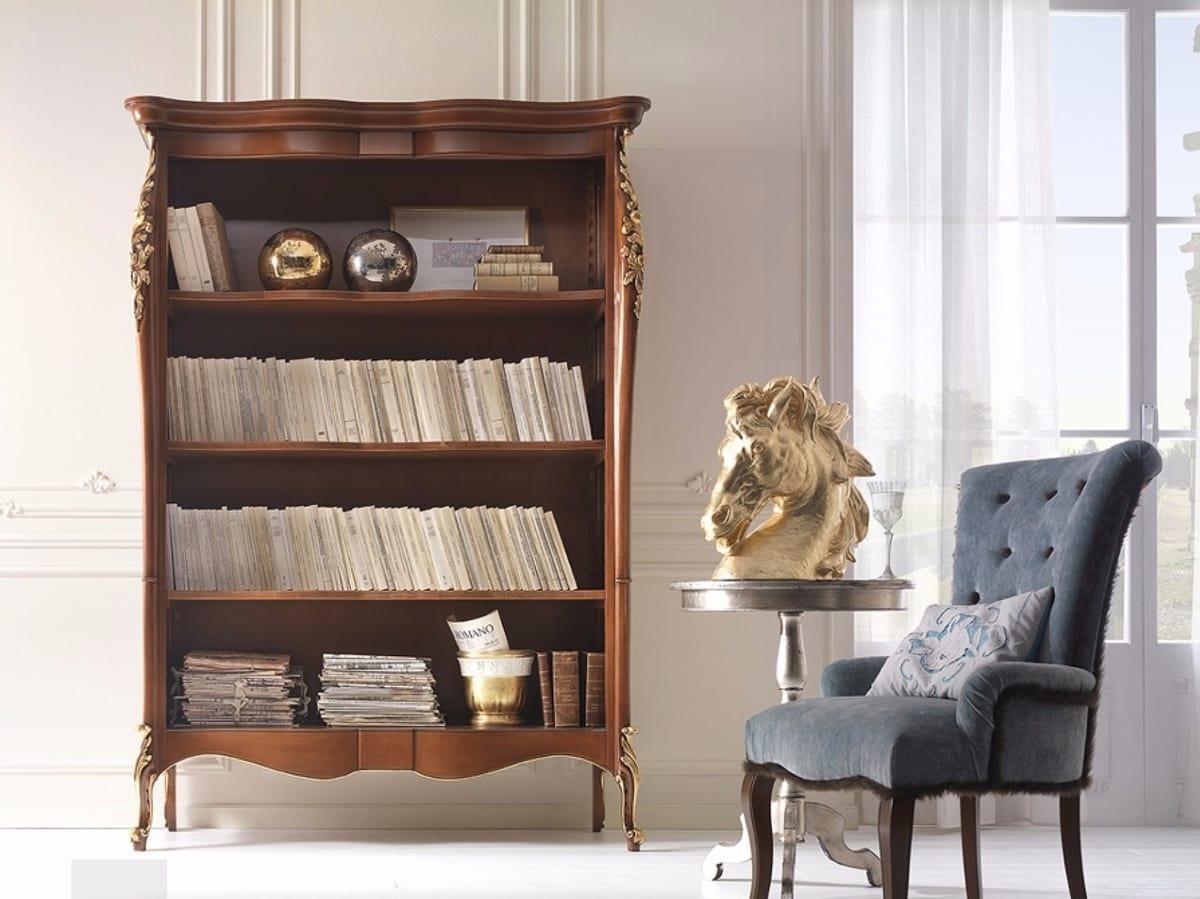 Venere libreria, Libreria decorata con intagli foglia oro
