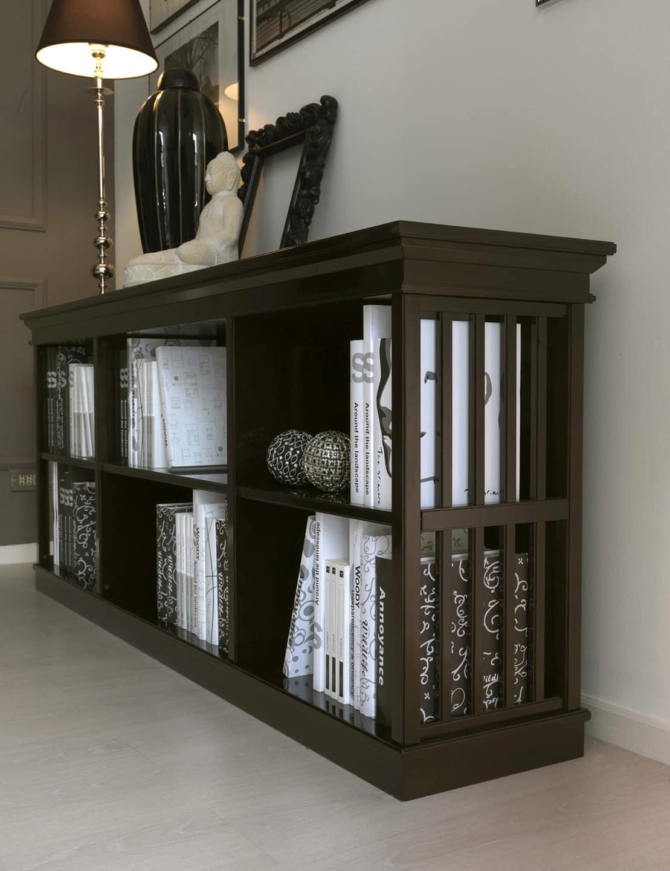 Libreria intarsiata in ciliegio per salotto classico for Galimberti case legno