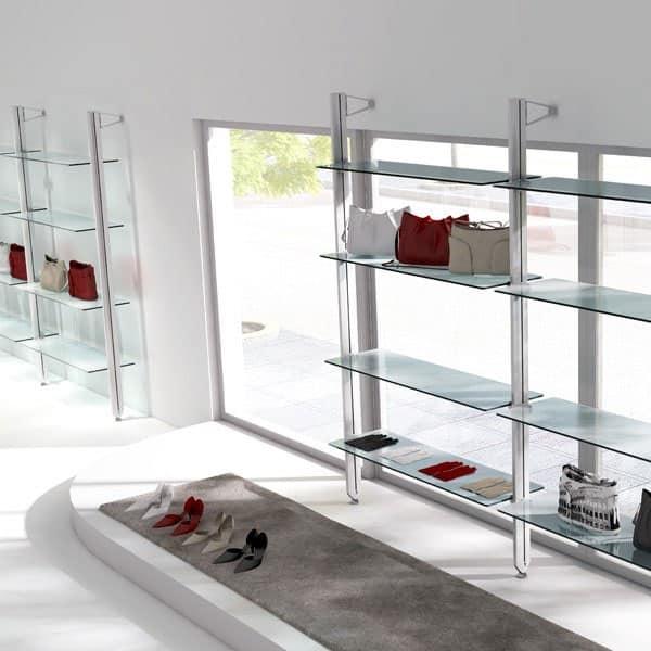 scaffalatura per vetrina per negozio alla moda idfdesign