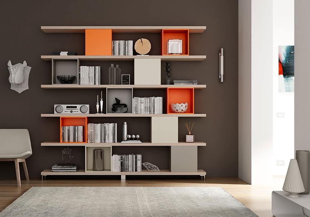 Libreria fatta con mensole e contenitori quadrati idfdesign for Mensole libreria