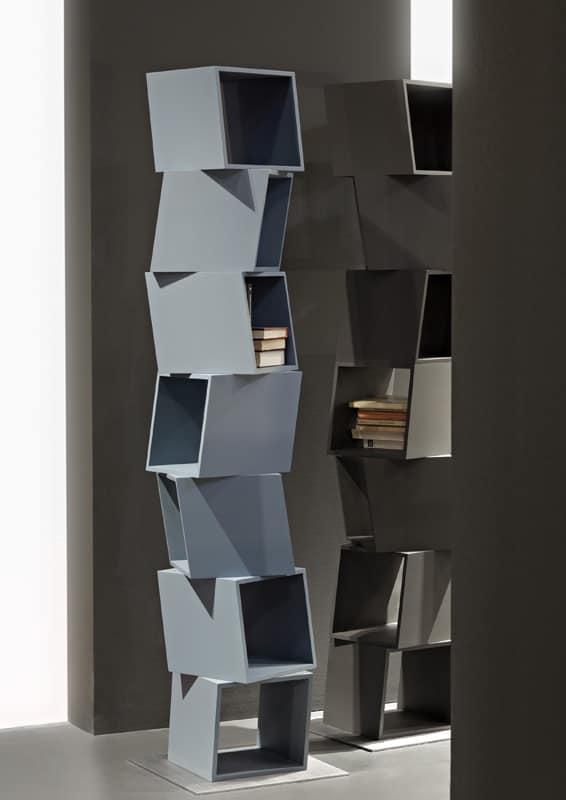 Libreria composta da moduli girevoli per case moderne for Case bianche moderne