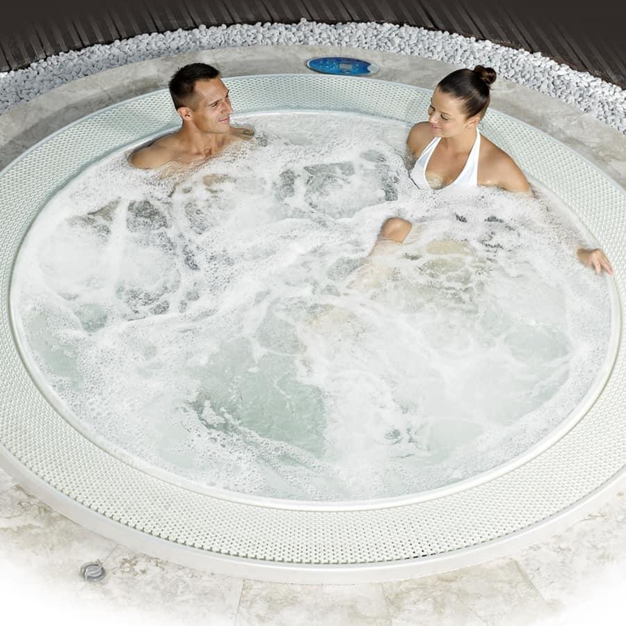 Canaria incasso, Mini-piscina con 28 jet idromassaggio, per spa