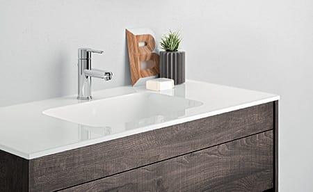 Mobile salvaspazio per bagno con specchiera e mensola idfdesign