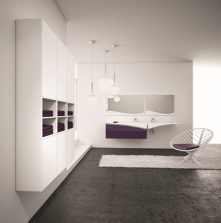 Soluzione d 39 arredo bagno con doppio lavabo idfdesign for Aziende arredo bagno