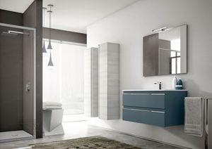 Mistral comp.04, Arredamento per bagno, con colonne portaoggetti